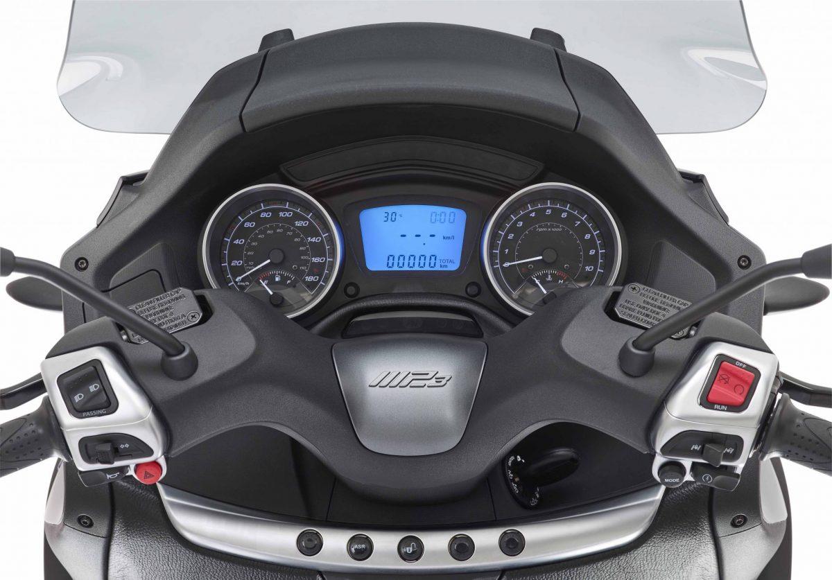 MP3 LT 300 ie Sport Business